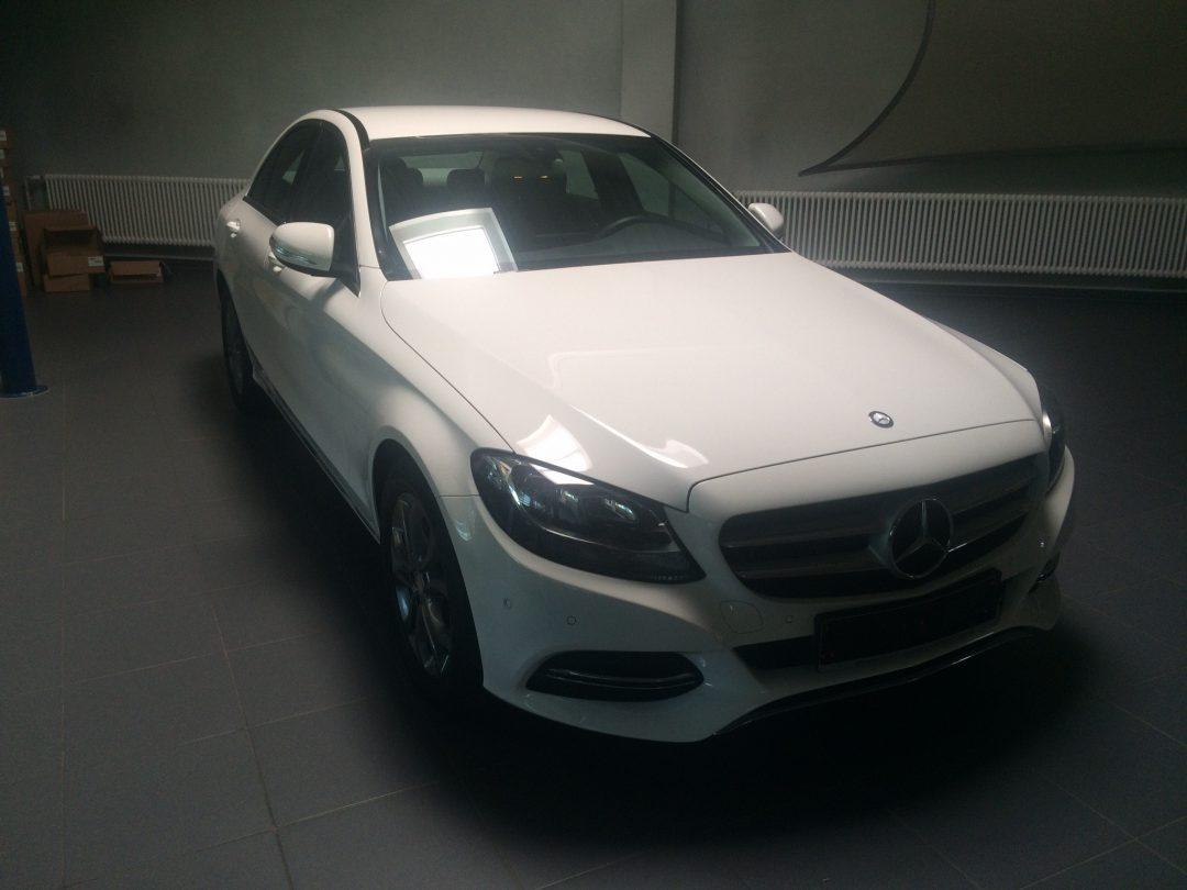 Mercedes Classe C 180 blanche